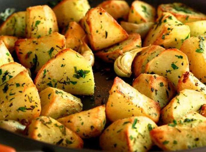 Недавно я снова запланировала на ужин картофельную запеканку.